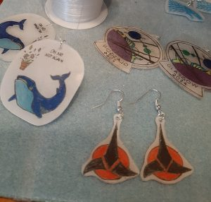 Finished set of earrings with the Klingon emblem.